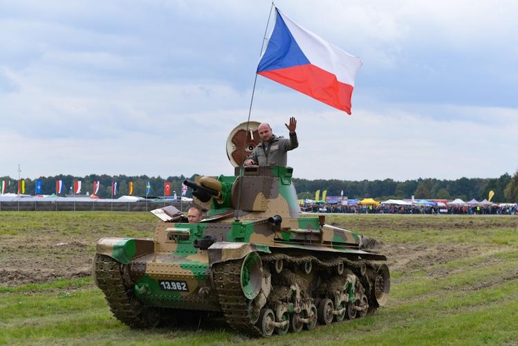 Dni Nato / NATO Days 2013,  LT vz