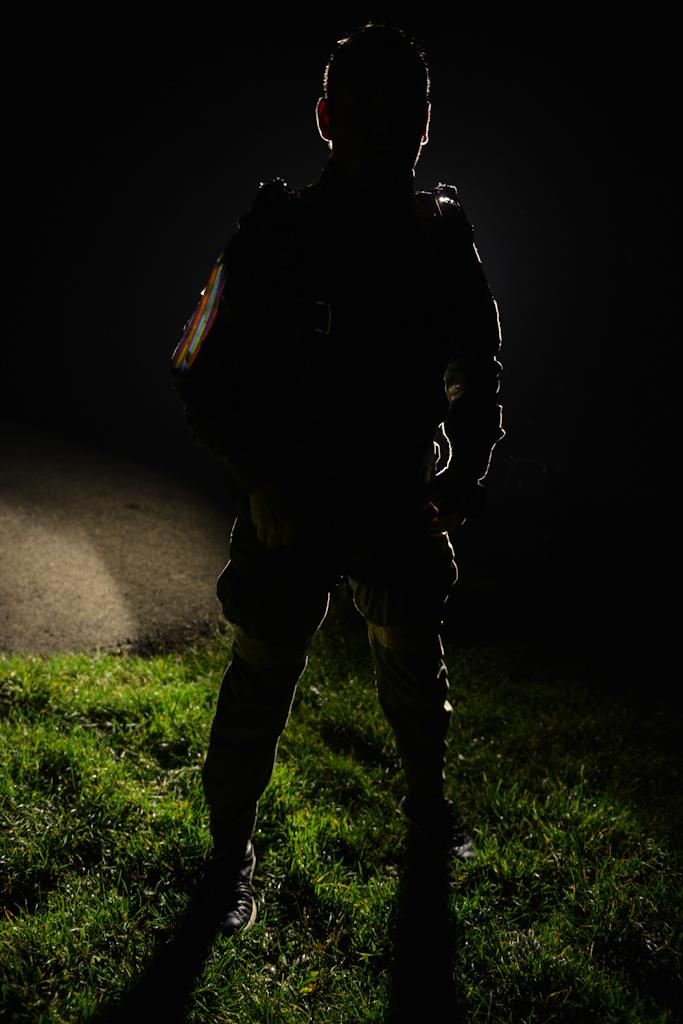 Nocne skoki spadochronowe