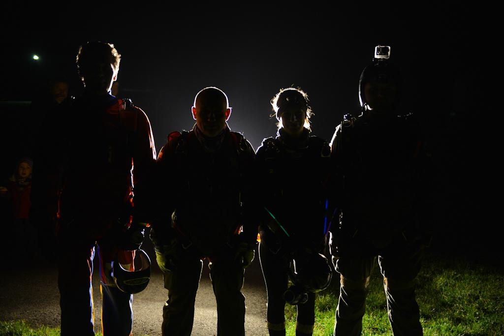 Nocne skoki spadochronowe wBielsku-Białej