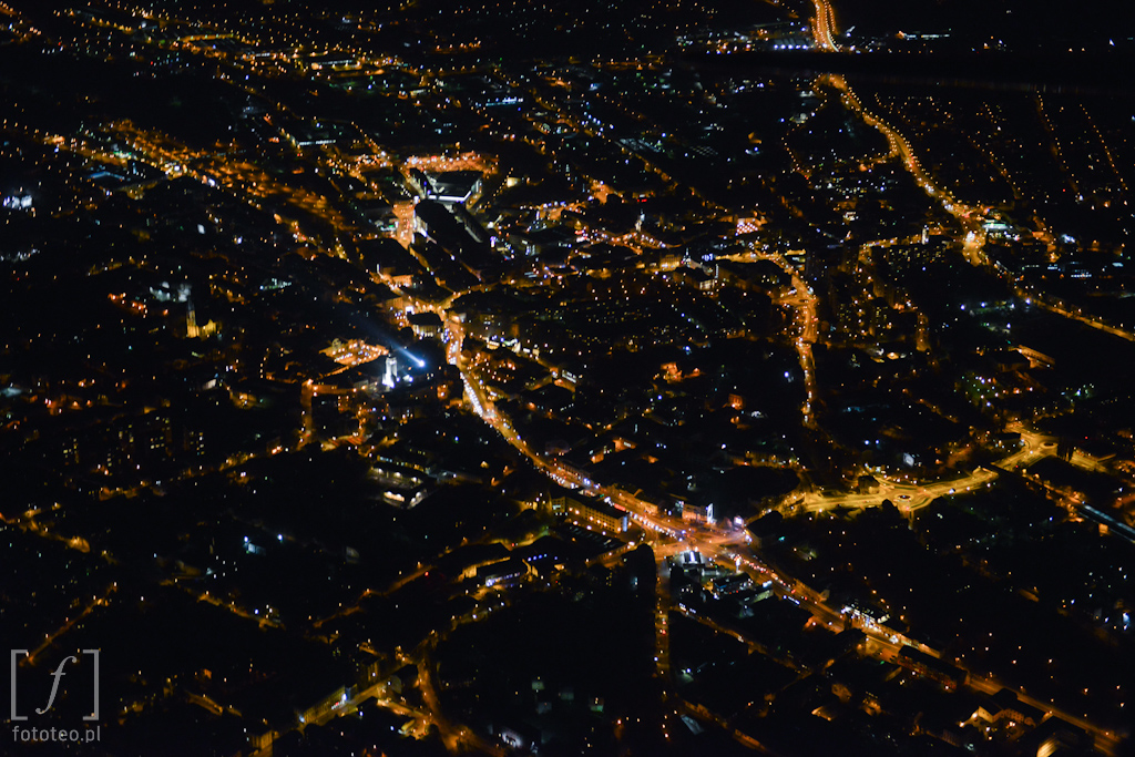 Fotografia Bielska-Białej zlotu ptaka nocą