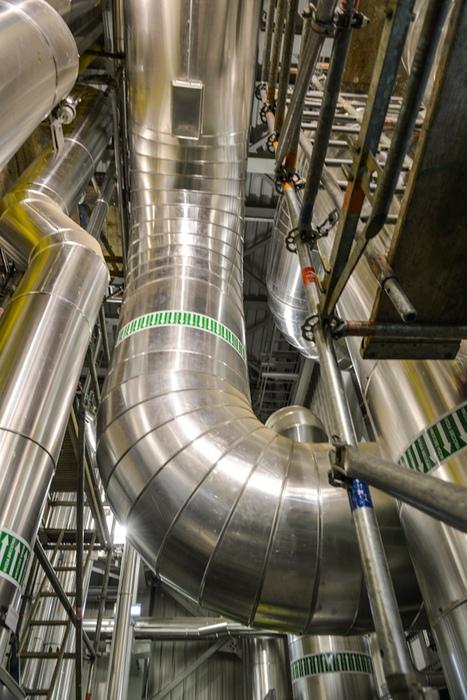 Elektrociepłownia- rury ciepłownicze