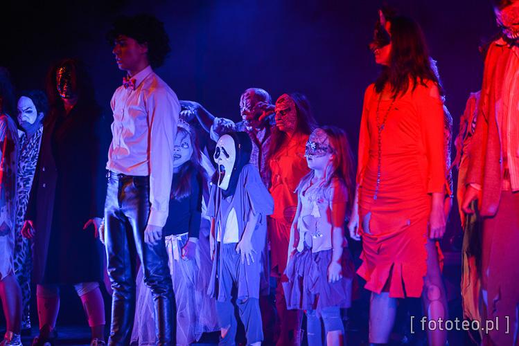 Aleksander Tomala jako Michael Jackson