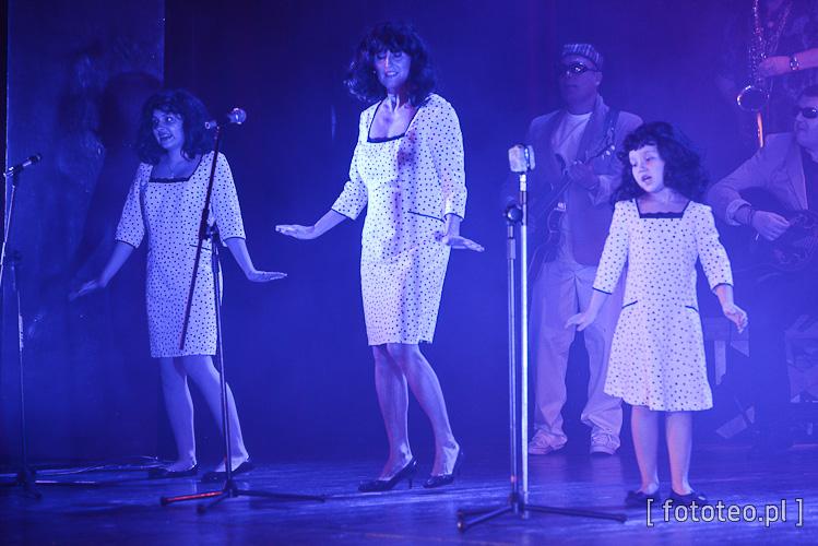 Basia Bąk, Dorota Skiba, Nadia Purzycka jako Cher