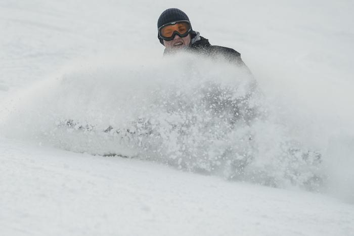 Narciarz nastoku, ski snowboard, Dębowiec