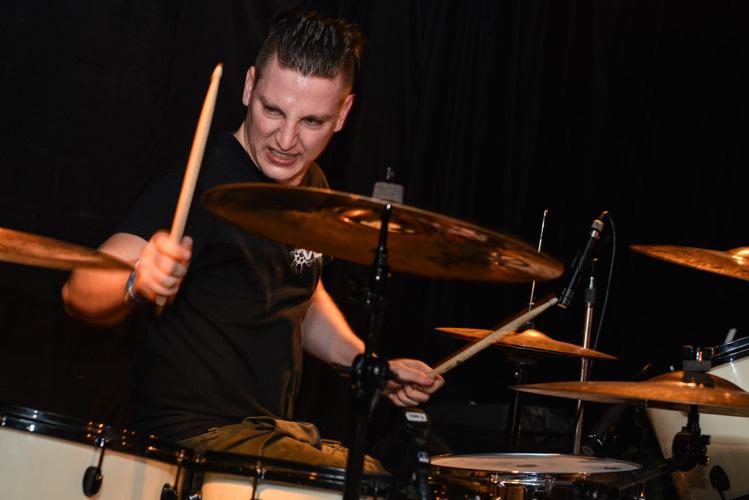 Ektomorf band drummer