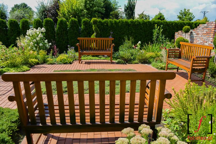 Mała architektura ogrodowa- ławki