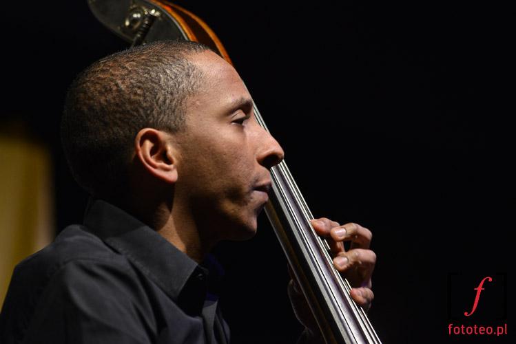 Tingvall Trio jazz band, Omar Rodriguez Calvo