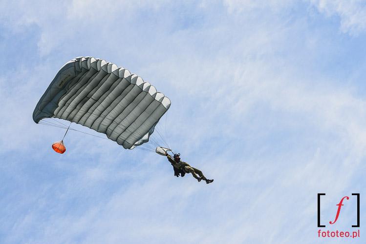 Paratrooper landing