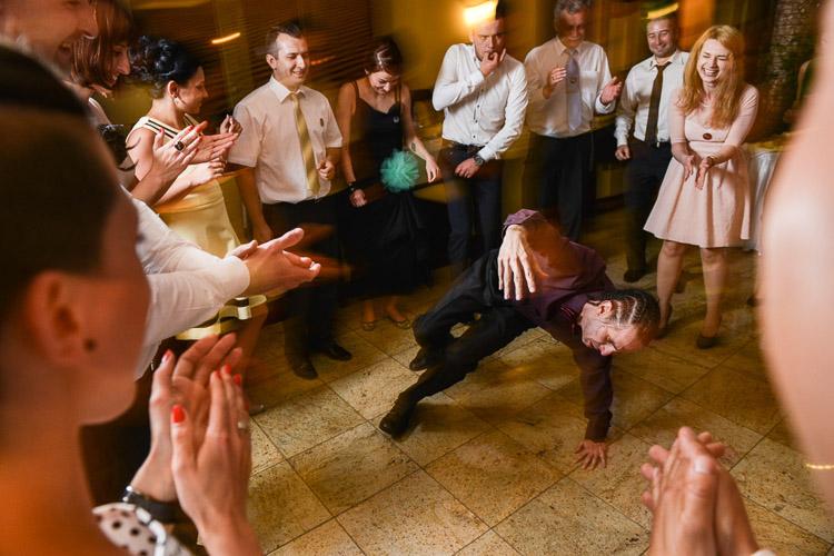 breakdance na weselu