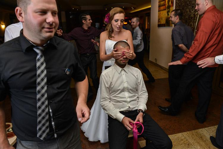 Wesele w hotelu Sahara, oczepiny