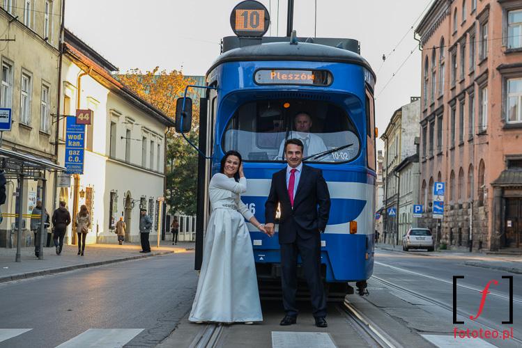 Para mloda Krakow tramwaj