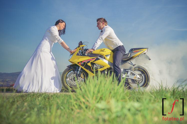 Plener ślubny z motocyklem Żywiec Bielsko